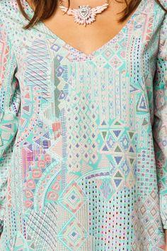 blouse & necklace <3