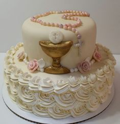 Communion cake, just finished, now for a cup of tea. Communion Centerpieces, First Communion Decorations, Shower Centerpieces, First Holy Communion Cake, First Communion Dresses, Comunion Cakes, Confirmation Cakes, Baptism Cakes, Religious Cakes