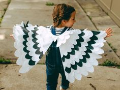 Items similar to Kids Costume Bird Wing Cape, Bird Costume, Halloween Costume for Girls Carnival Costume for Boys Snowy Owl, Seagull, Toddlers Costume on Etsy Toddler Costumes, Halloween Costumes For Girls, Boy Costumes, Costume Ideas, Halloween Ideas, Bird Wings Costume, Owl Wings, Wings Diy, Capes For Kids