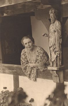 Queen Marie of Romania Gallery Queen Mary, King Queen, Michael I Of Romania, Sissi, Maud Of Wales, Romanian Royal Family, Casa Real, History Of Photography, Royal Weddings