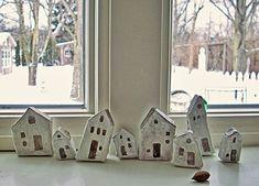 casas pequeñas de papel mache