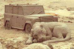 Beach Sand Art: Truly amazing.