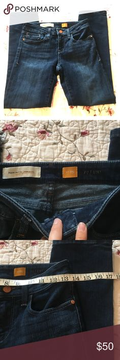 Pilcro and the Letterman Anthro Skinny Jeans Sz 25 Great used condition with a few marks (as pictured with my finger)  Dark wash Skinny leg Stretchy jean material Size 25 and 27 length  Zippers and buttons work correctly Anthropologie Jeans Skinny