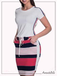b0c567ad5055f Vestido Esporte Chic Listras com Elástico na Cintura e Bolso