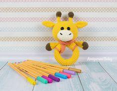 Giraffe baby rattle - Free crochet pattern by Amigurumi Today