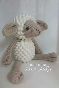 Crochet Animals, Crochet Toys, Knit Crochet, Eco Friendly Toys, Baby Puppies, Handmade Toys, Plushies, Pet Toys, Hello Kitty