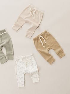 Minikin for Quincy Mae Baby Outfits Newborn, Baby Boy Outfits, Baby Boy Fashion, Kids Fashion, Essentiels Mode, Baby Kids Clothes, Kids Branding, Drawstring Pants, Baby Wearing