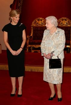 Sheridan Smith meets adorable Queen at Buckingham Palace - Photo 5 | Celebrity news in hellomagazine.com
