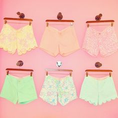 Lilly Pulitzer Summer Short Collection Love the yellow lacey shorts Lilly Pulitzer, Summer Outfits, Cute Outfits, Summer Clothes, Look Street Style, J Crew, Tommy Hilfiger, Ralph Lauren, Lingerie
