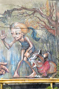 Nuevo mural realizado en Montreal por el dúo de artistas urbanos alemanes Jasmin Siddiqui (Hera) y Falk Lehmann (Akut)