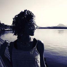 Gostaria de estar na Ilha das Caieiras, mas na real estou no home office trabalhando de camisola 👍  #acordabonita #expectativaxrealidade…