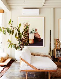 Having small living room can be one of all your problem about decoration home. To solve that, you will create the illusion of a larger space and painting your small living room with bright colors c… Home Interior Design, Decor, House Interior, Minimalist Living Room, Small Living Rooms, Cozy Living Rooms, Bohemian Living Rooms, Scandinavian Dining Room, Room