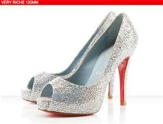 Sparkley shoe is a must have