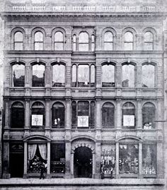 The first George's store, known as George & George, was built on the north side of Collins St between Swanston and Elizabeth Sts. It was destroyed by fire on Friday 13th September 1889.
