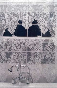 Dogwood Pattern Lace Curtain from Heritage Lace