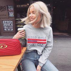 Good Girls Bad Girls Tumblr Crop Top Sweatshirts - https://pandorafashion.com.br/product/good-girls-bad-girls-tumblr-crop-top-sweatshirts/