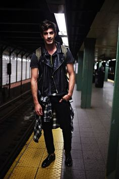 """hespiration: """"In the subway from HEspiration.com — MORE » FASHION / GUYS / GIRLS / CARS — WEBSITE / PINTEREST / TWITTER / FACEBOOK / INSTAGRAM / TUMBLR """""""