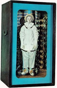 josephn cornell-tilly losch   Joseph Cornell   Ahhhh Art : Installations & More