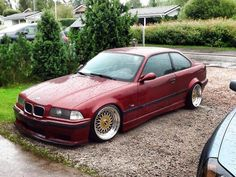 Calypsorot BMW e36 coupe on fantastic 17'' BBS RS cult wheels