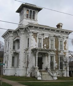 The Rush R. Sloane House, Sandusky, OH. 1850s Photo: Wikimedia   The Sloane house in Sandusky, OH was built in the early 1850s, but is...