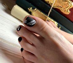 FoxyNails: Manikűr, körömtervezés | VK Manicure Nail Designs, Pedicure Designs, Pedicure Nail Art, Toe Nail Designs, Nail Manicure, Pretty Toe Nails, Cute Toe Nails, Love Nails, How To Do Nails