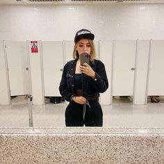 Dani Russo, Snapback, Riding Helmets, Bucket Hat, Hats, Fashion, Moda, Hat, Fashion Styles