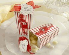 Celebrate the mom to be with about to pop favor boxes. These popcorn boxes from Kate Aspen are fun favors for a circus or carnival themed baby shower. Baby Favors, Baby Shower Favors, Baby Shower Themes, Baby Shower Gifts, Shower Ideas, Baby Gifts, Shower Prizes, Shower Games, Pop Baby Showers