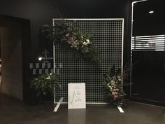 Mesh Wire Wedding Backdrop Screen. Floral Mesh Display Screen For MELBOURNE HIRE ONLY. by FoxAndHart on Etsy