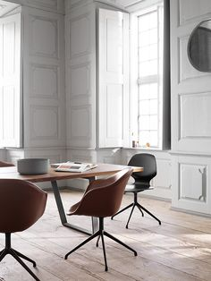 TDC: BoConcept Adelaide dining chair and new Vancouver dining table