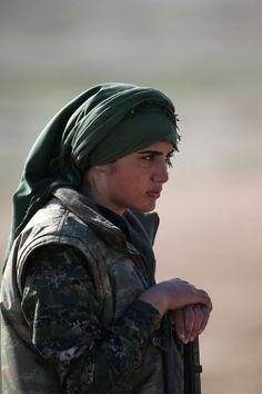 Le foto delle combattenti nel Rojava - Il Post