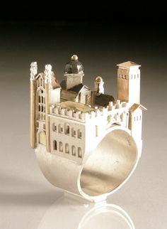 Cambridge Ring by Vicki Ambery-Smith