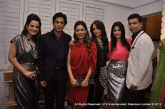 Bollywood ready for Christmas!! Shah rukh khan, Karan, Gauri at Suzzane Khan's launch