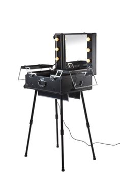 masami shouko makeup case with dimmer lights and wheels