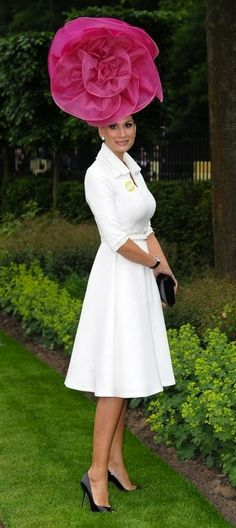 the perefect dress for Royal Ascot 2013 and sure also for 2014 and 2015. 0c9a4429a8d