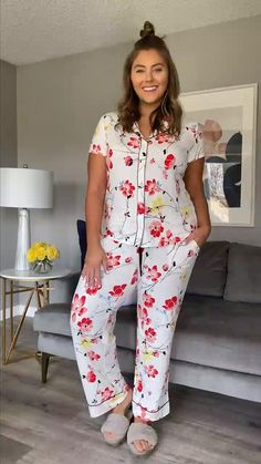 Curvy Girl Outfits, Girls Fashion Clothes, Chic Outfits, Plus Size Outfits, Fashion Outfits, Clothes For Women, Summer Outfits Women Over 40, Night Dress For Women, Night Wear Dress