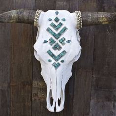 ÑAVAJᎾ s k i e s Cow Skull - Child of Wild