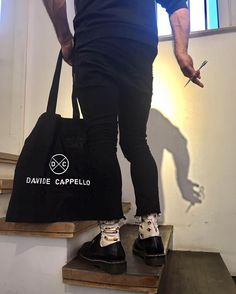 www.sockprise.me #salveloves colourful #socks #monatlich #bunte #sockenpost #monthly our #editorinchief @cappello_davide is #wearing #sockprise @sockprise.me #inlove #withthis #colourupyourlife #beunique #startup #becolourful #style #instasocks #photoby #fashioneditor @sabine_berlipp_styling @blossommanagement at @studiodavidecappello #instamagazine #salvemagazine #salveonline #instastyle #stylegram #showyourfeet #walkinsocks