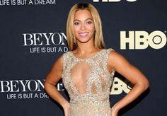 25-Mar-2013 1:57 - VADER VAN BEYONCÉ DOET BOEKJE OPEN OVER BREUK. De vader van Beyoncé heeft voor het eerst gepraat over de problemen tussen hem en zijn beroemde dochter. Matthew Knowles, jarenlang de