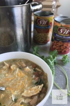 Low Carb Mexican Chicken White Chili Recipe #Lowcarb #backtoschool #fallfoods via @candilandblogs