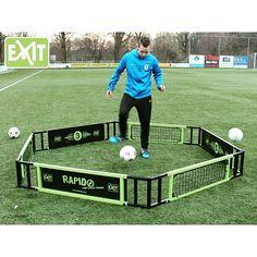 Exit Rapido harjoittelukehä on täydellinen treeniväline omatoimiseen treenaamiseen. Katso lisää http://www.tasapeli.fi/  #jalkapallo #futis #harjoittelu #treenaaminen #pihalle
