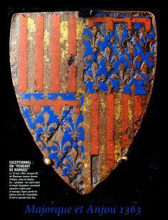 Escudo con la heráldica de Mallorca y Anjou, 1363