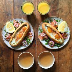 Τα πιο ευφάνταστα πρωινά για δύο φωτογραφίζονται σε απόλυτη συμμετρία