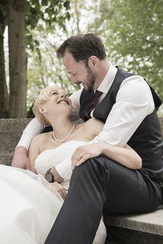 Hochzeitsfotografie Ebersberg Couple Photos, Couples, Wedding Photography, Nice Asses, Couple Shots, Couple Photography, Couple, Couple Pictures