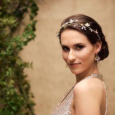 52499475d2d803 Anelle - biżuteria ślubna · Ślub na złoto · Slubne kolczyki Swarovski  Golden Shadow i Crystal – Lacey – pozłacane Swarovski