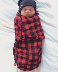 Baby Snuggler Lumberjack Cocoon Wrap Buffalo Plaid Newborn Baby Blanket Cotton Minky Fabric Self Closer Closure - Baby Boy - Baby Outfits, Outfits Niños, The Babys, Baby Must Haves, Little Babies, Cute Babies, Boy Babies, Babies Nursery, Babies Clothes