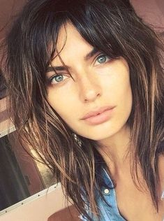 Shag haircut with curtain bangs Curtain Bangs bangs Curtain Haircut Shag Modern Shag Haircut, Long Shag Haircut, Bob Haircut With Bangs, Haircuts For Fine Hair, Modern Haircuts, Hairstyles With Bangs, Straight Hairstyles, Oval Haircut, Long Shag Hairstyles