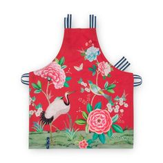 Blushing Birds All Over 51.030.019 Red Pip Studio Pip Studio, Home Technology, Kitchen Aprons, Eye For Detail, Cooking Gadgets, Heart And Mind, Layers Design, Carnival Glass, Booth Design