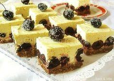 » Prajitura cu cirese si crema fina de lamaieCulorile din Farfurie Romanian Desserts, Cookie Desserts, Mini Cakes, Sweet Treats, Cheesecake, Deserts, Food And Drink, Cooking Recipes, Sweets