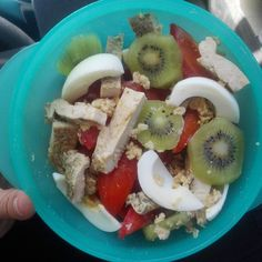 #salad  for #Lunch  #breakfastofchampions #weightloss #IG #diet #healthylifestyle #health #healthy #healthyeating #healthychoices #healthyliving #bfast #cheapcleaneats #healthylife #regimeuse #regimeusemotivee #fit #fitness #neverstopexploring #fitfrenchies #strong #strength #fruits #fruitsalad by fitamie