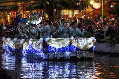 fiesta river parade-Band of the West float?